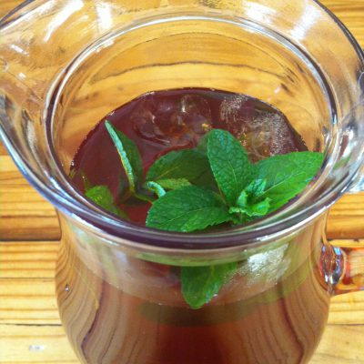 Thirst Quenching Rooibos, Apple And Mint Iced Tea