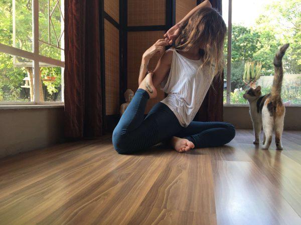 yoga selfies